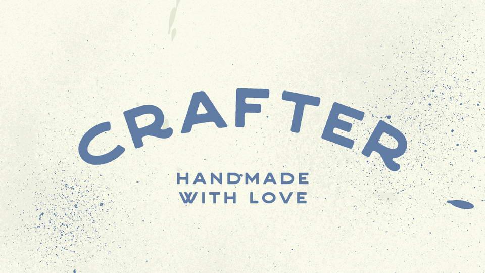 Crafter Free Vintage Font