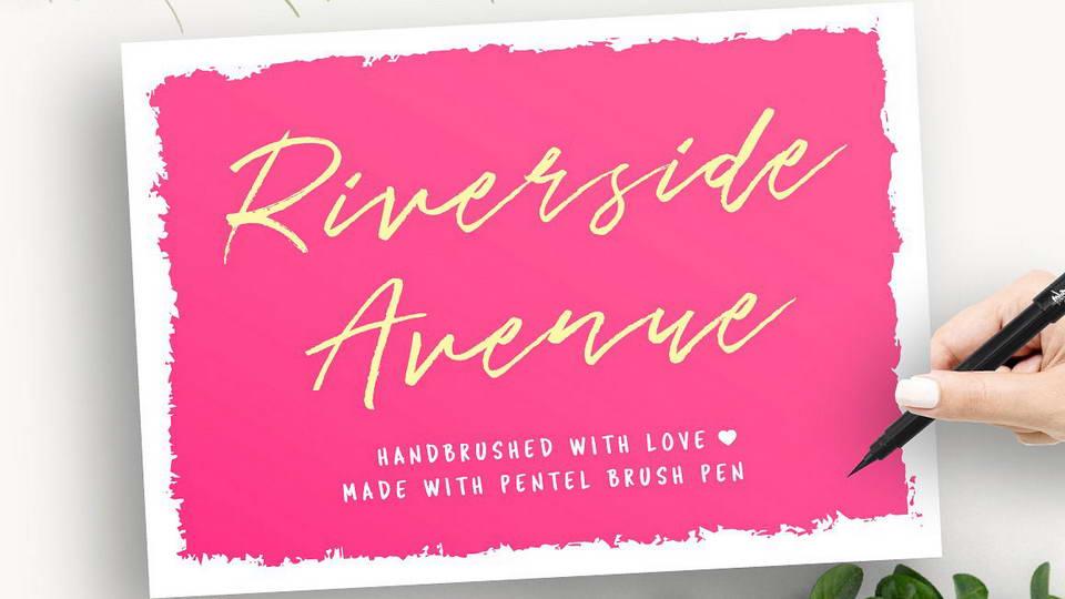 riverside avenue free font