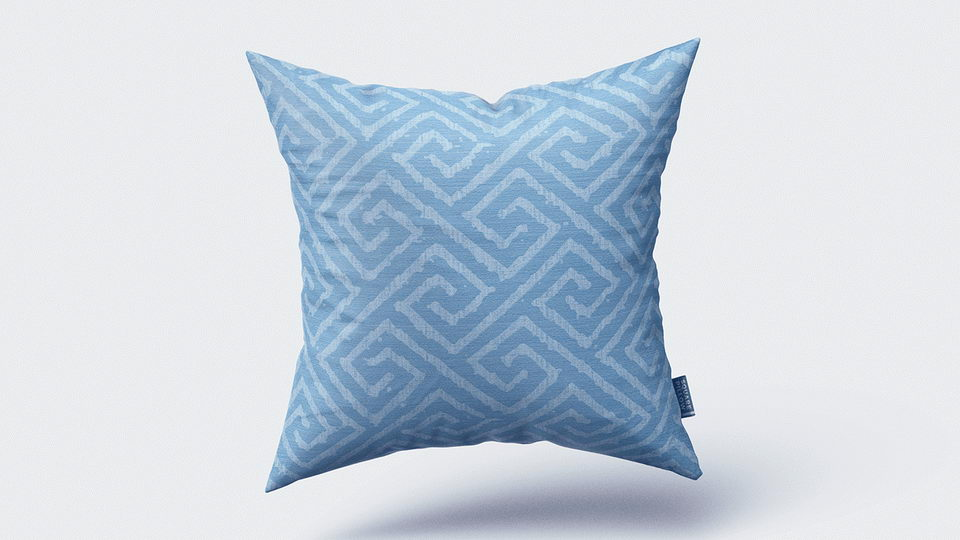 square_pillow_mockup